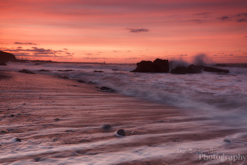 Streaky Sunset by Dave Brightwell