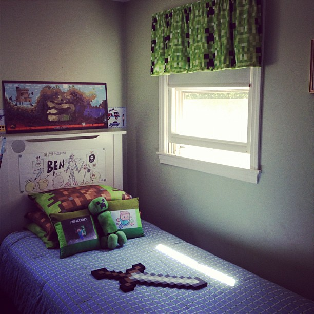 Ben's Minecraft Themed Bed/room