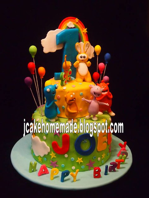 Baby TV birthday cake  Flickr - Photo Sharing!