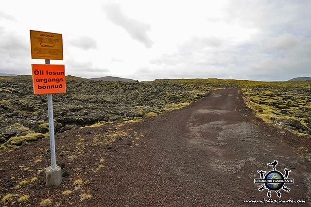 ISLANDIA - Campo de minas