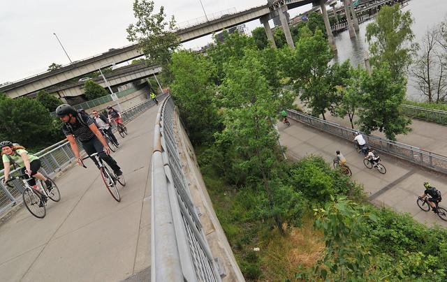 Portland bike traffic-2.jpg