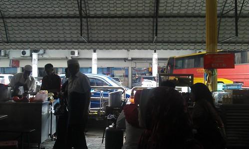Cendol Pulut Kacang dan Laksa Penang di Stesen Bas Taiping