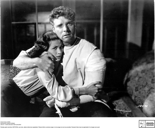 Criss Cross (1949).Directed by Robert Siodmak.Shown: Yvonne DeCarlo, Burt Lancaster