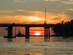 Waves sunset cruise