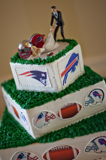 football themed wedding cakes football inspired wedding cakes 14394