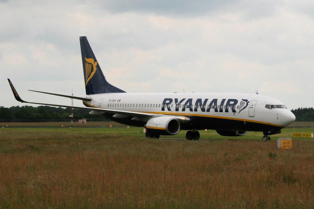 EI-DWV - B738 - Ryanair