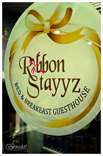 ribbon stayyz signage