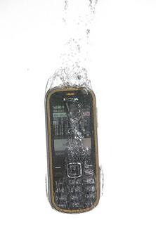 Photo:splash - a mobile By:W.J.S.