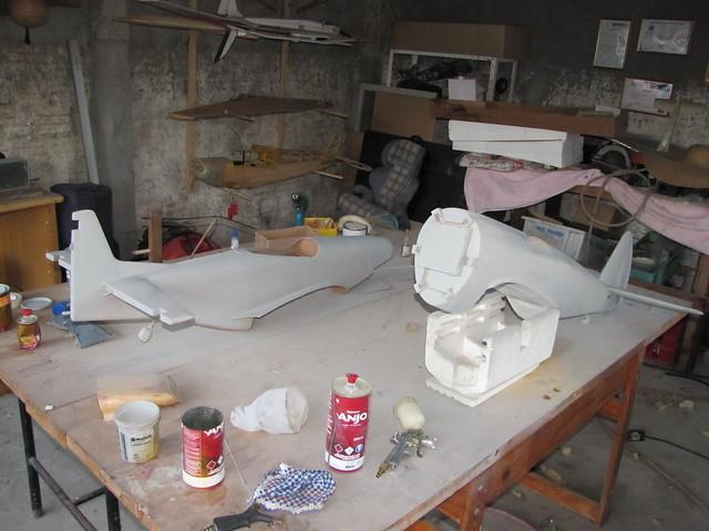 Montagem gratificante P-47 Thunderbolt Do Kit ao AR - Página 4 7190629706_93c4dcd225_z