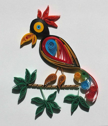 quilled-parrot-close