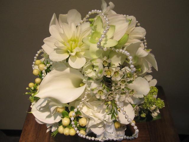 Elegant White Bridal Bouquet : Elegant white bridal bouquet flickr photo sharing