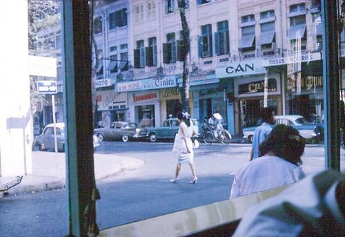 Saigon 1965-66 (2) - Góc Tự Do-Nguyễn Thiệp nhìn từ Café BRODARD