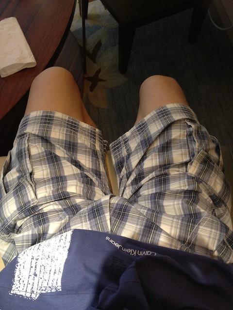 我的CK蓝色花短裤有型有款