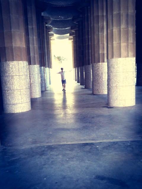 Gaudi Park Dancing 2