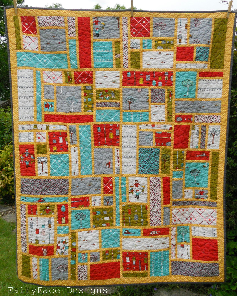 Little Apples Stained quilt finished