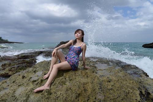 無料写真素材, 人物, 女性  アジア, 女性  座る, 人物  海, ワンピース・ドレス, 台湾人