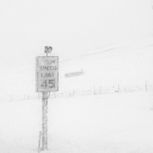 #snowing like HELL son ! #wyoming #ElkMountain #OceRoadTrucker