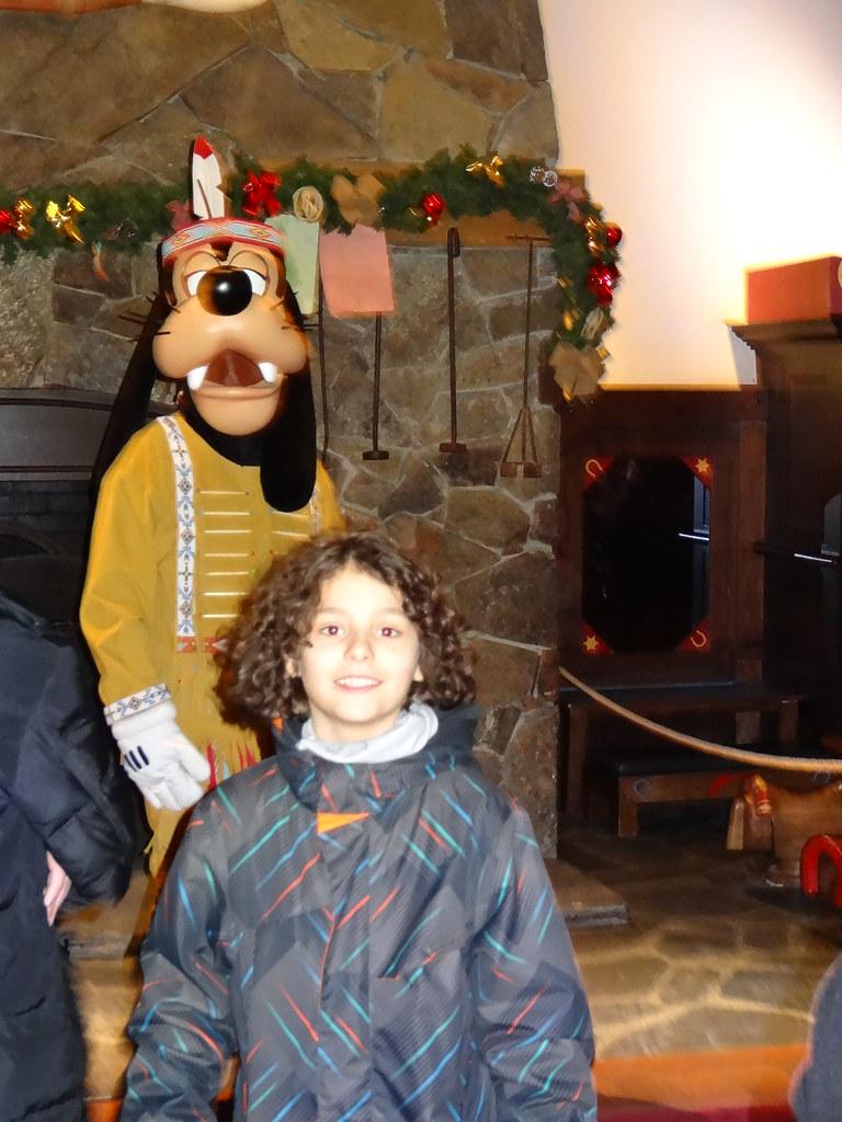 Un séjour pour la Noël à Disneyland et au Royaume d'Arendelle.... - Page 6 13874711213_bc4a2e2080_b