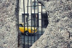 Agujero en el muro // Hole in the wall
