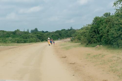 southafrica sand urlaub afrika südafrika kopf suedafrika tragen strase kopftragen