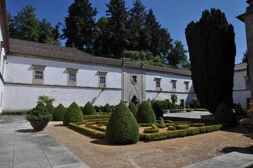 Gouveia (Portugal). Ayuntamiento (Paços do Concejo). Patio