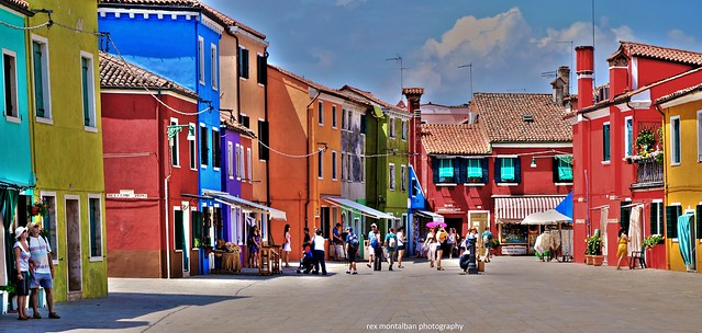 it's more colourful in burano!