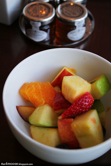 Hyatt Regency Shatin - Fruit Salad