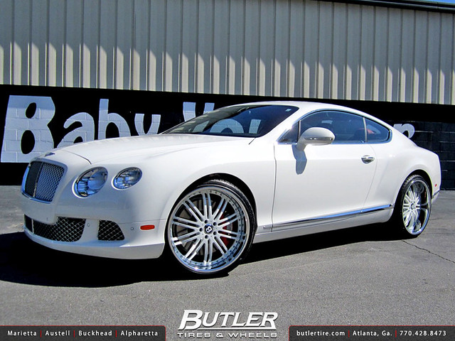 Bentley GT with 22in MHT Vendetta Wheels