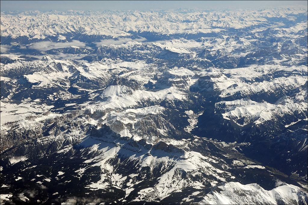 Le Alpi Orientali dal finestrino...dell'aereo!! 7248251860_cf9fe25000_b