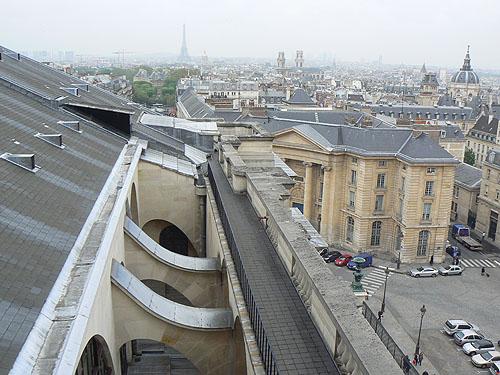 sur le toit du panthéon.jpg