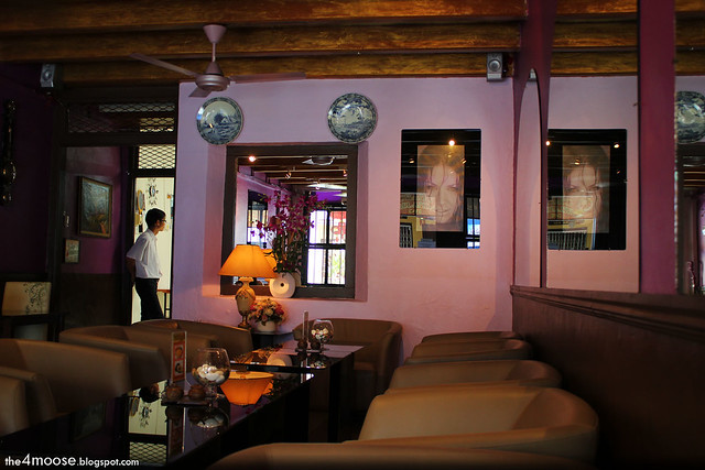 Orang Belanda Art Cafe - Interior