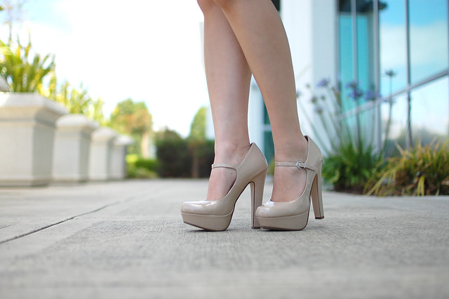 nude beige patent mary jane pump heels shoes