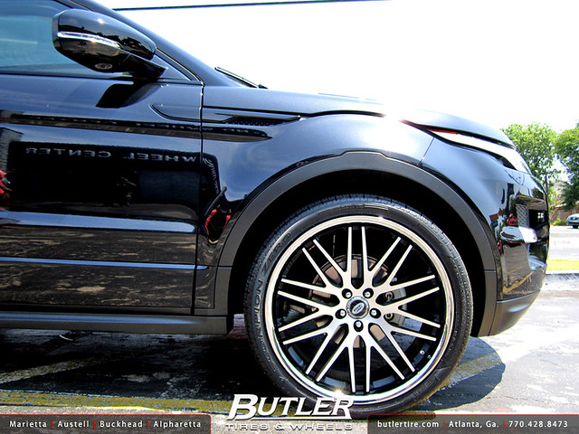 Land Rover Evoque with 22in Lexani CVX44 Wheels