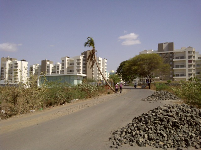 Akshar Pebble Bay & Marvel Ritz on Tupe Patil Road, Sade-Satara-Nali (Sade-Satra-Nali) Gram Panchayat, Hadapsar, Pune 411028