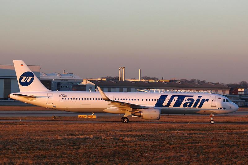 UTair - A321 - D-AVZG (4)