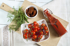 Sun-dried tomatoes, fresh tomatoes and tomato pure…