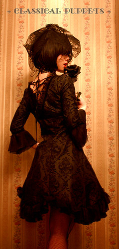 Classical_Puppets_A_Line_Square_Collar_Chiffon_Gothic_Lolita_Dress_1
