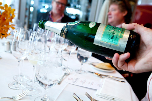 Pouring the Nicolas Feuillatte Blanc de Blancs 2004 (1st Champagne pairing for lunch)