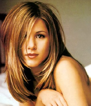 famous-jennifer-aniston-hair-style-04