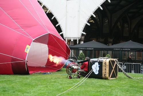 Hot air balloon at Exchange Square