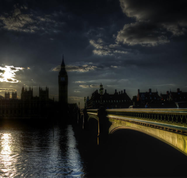 Backlight in London (1° on Explore!)