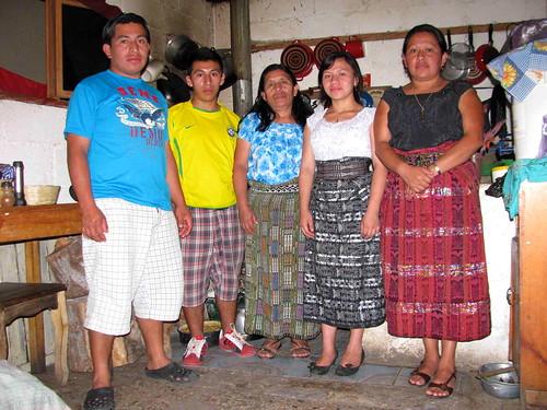 Dorcas y familia