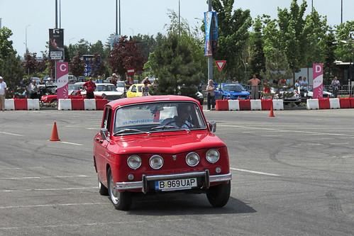 [Dacia 1100; fotografie de Alex Pănoiu, pe Flickr]