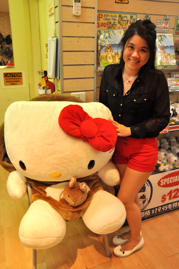 Giant Hello Kitty Soft Toy