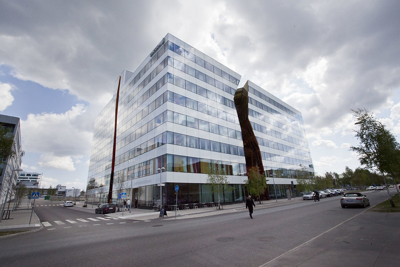 """The crack house"", the latest (?) office building in Kista"