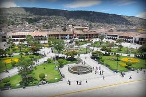 plaza-de-armas-ayacucho-peru2