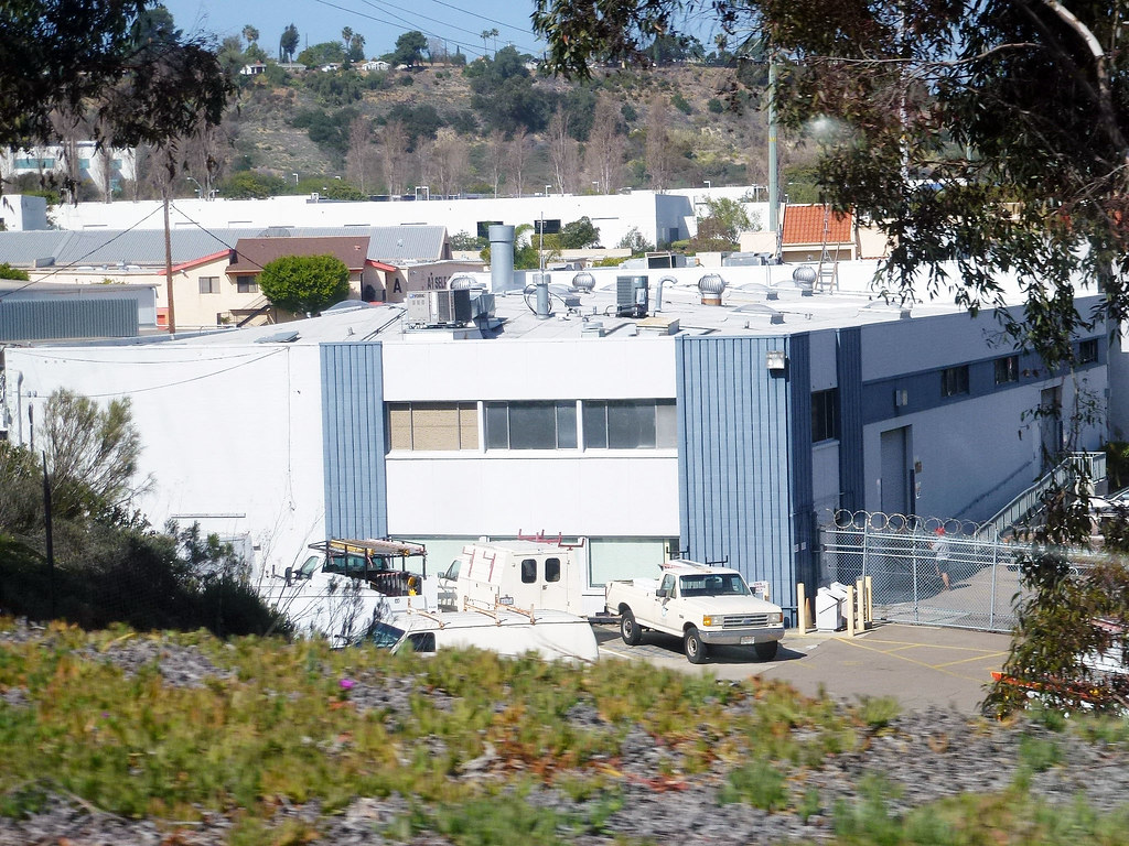 Mission Valley 3 19 14 (24)   A 1 Self Storage Behind This B ...