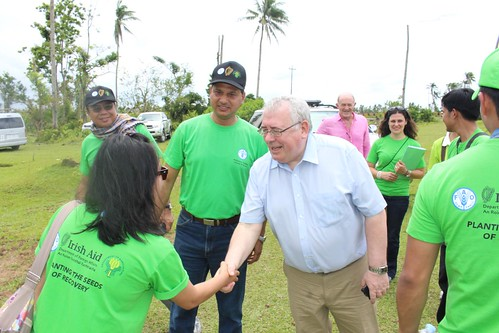 Irish Minister for Trade and Development visits FAO recovery projects - Philippines
