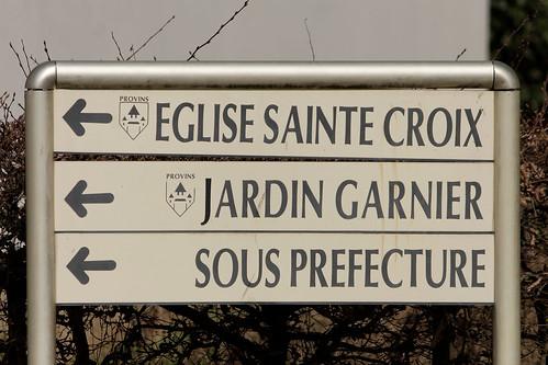 Provins_059_Plaque-Sainte-Croix_DxO