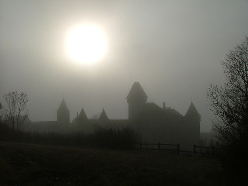 château loue cléron